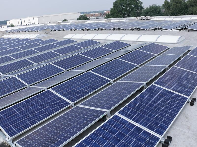 With solar panels Elpress chooses for complete sustainability